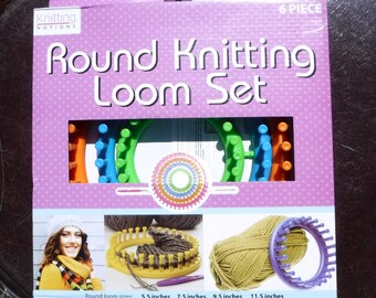 Round Knitting Loom Set - Instructions and Tools Included