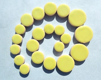"""Kiwi Green Circles - 50g in Mix of 3 Sizes 1/2"""" and 3/4"""" and 5/8"""""""