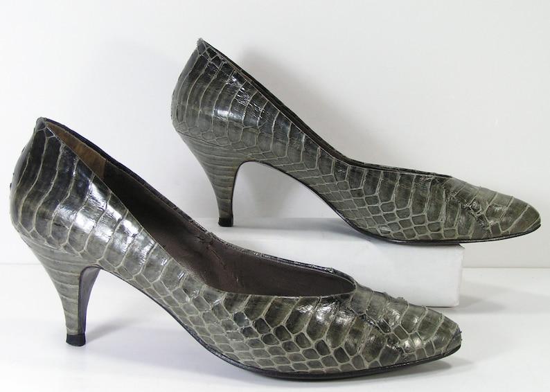 98eb1f99c9b Vintage reptile pumps shoes womens 7.5 b m gray python snake