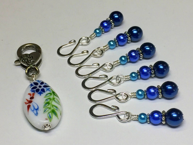 Removable Crochet Stitch Marker Flower and Pearl Progress Keepers Stitch Markers for Knitting or Crochet with Open Hook