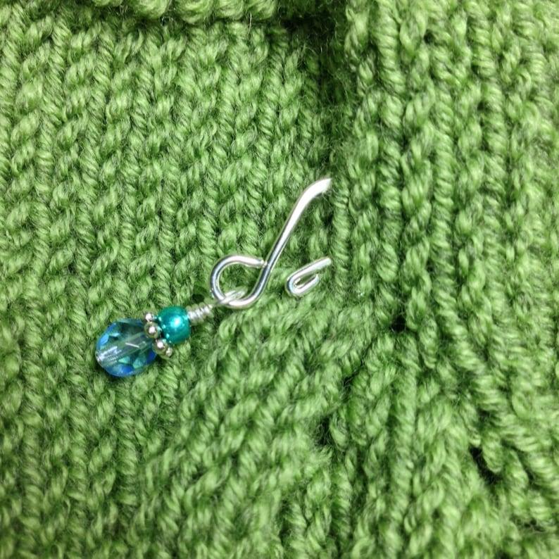 Progress Keepers Gifts for Knitter Beaded Stitch Marker Set of 8 Removable Stitch Markers with Open Hooks for Knitting and Crochet