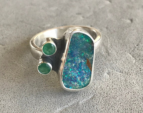Flashy Opal and Emerald ring
