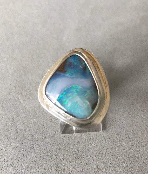Waves in the opal ring