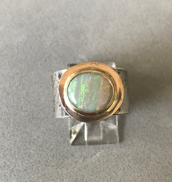 Lightning Ridge Opal in gold ring