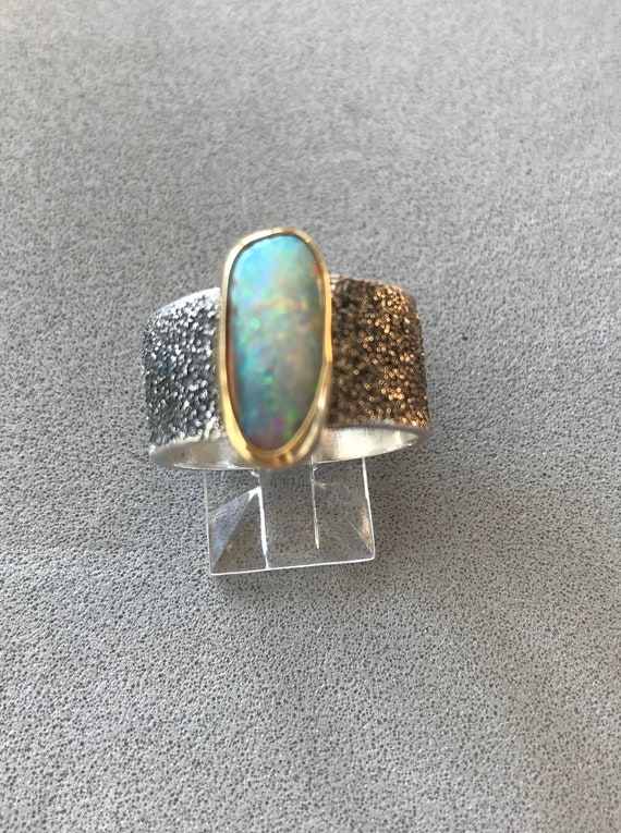 Pipe Crystal Opal Ring