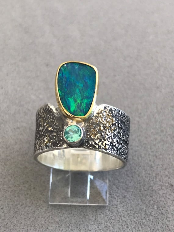 Lightning Ridge Opal doublet and Apatite ring
