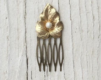 Vintage Jewelry Assemblage Small Art Deco Style Hair Comb Bridal Comb