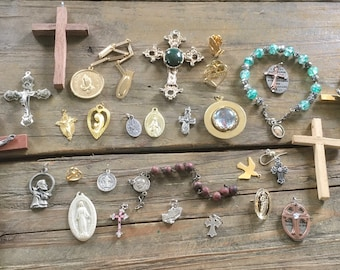 Mixed Lot Of Gold Toned Vintage Crosses and Religious Medals Pendants
