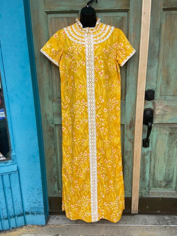 VINTAGE Gold Orange Floral Lilly Pulitzer Caftan '