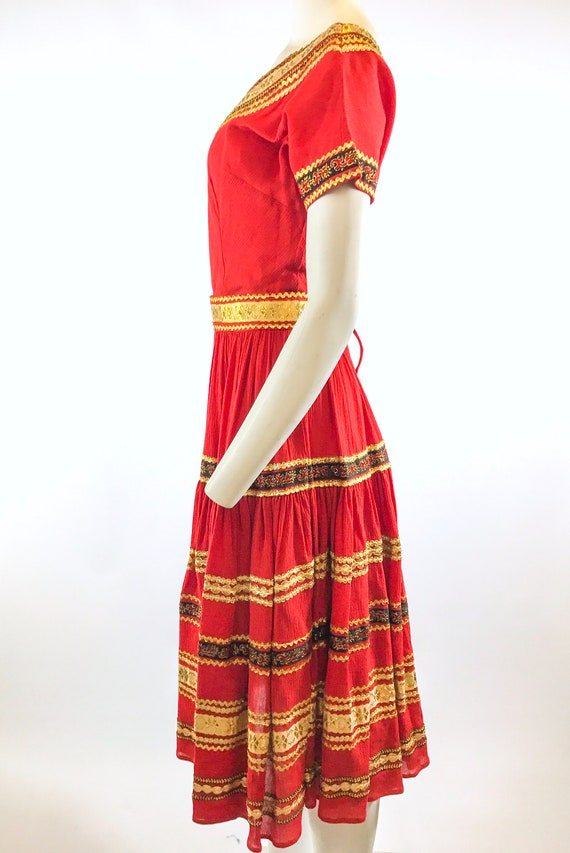 1950s Red Gold Patio Dress - image 6