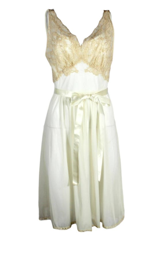 Vintage Ivory Nylon Nightgown Vanity Fair - image 2