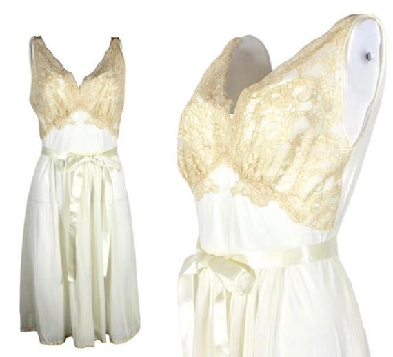 Vintage Ivory Nylon Nightgown Vanity Fair
