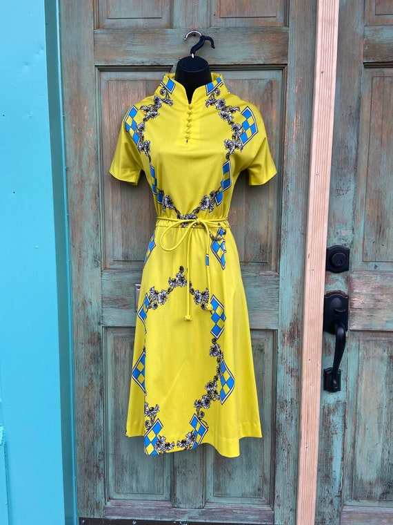 Vintage Yellow Polyester Daisy Floral Print Dress,