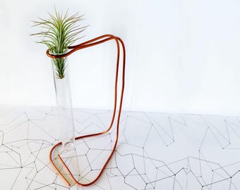 Air plant holders, minimalist planter, copper desk decor, planter desk gift, air planter gifts, desk gifts for her, geometrical planter