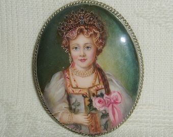 "Lacquer brooch Mother of pearl "" Young Grand Duches "" miniature Hand Painted Pin"