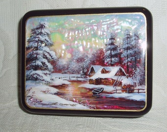 Beautiful Russian small Lacquer box Mother of pearl Fedoskino Landscape Winter Hand Painted