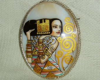 "Lacquer brooch Mother of pearl ""Expectation"" miniature Hand Painted Pin by Klimt"
