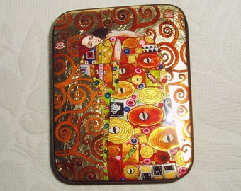 "Russian small Lacquer box Art Deco "" Embrace "" by G. Klimt Hand Painted"
