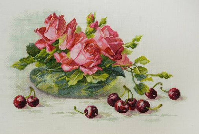 NEW UNOPENED Russian Counted Cross Stitch kit Mary Weaver 04.005.16 Roses and cherry Flowers in bowl