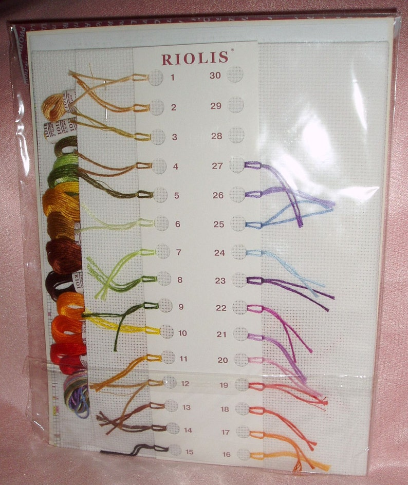 NEW UNOPENED Russian Counted Cross Stitch KIT Riolis 1537 Wreath with Wheat