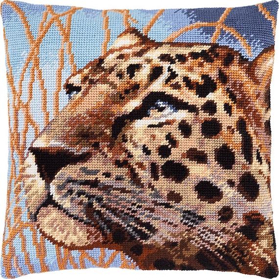 NEW UNOPENED Needlepoint tapestry Gobelin KIT Charivnytsya V213 The Dutch Mill Pillow