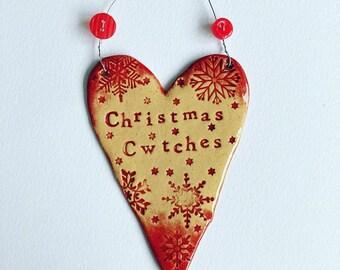 Christmas Cwtches (Christmas Cuddles) Heart