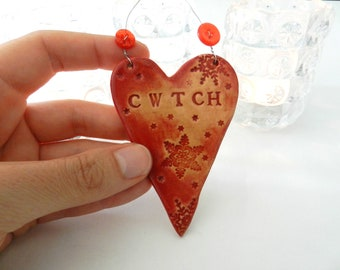 Cwtch (Hug in Welsh) Heart