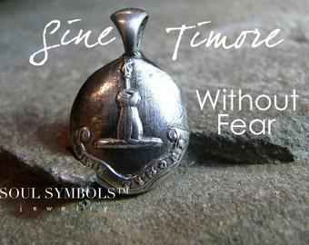 """Wax Seal Necklace """"WITHOUT FEAR"""", Latin Talisman, 'Sine Timore'  Wax Seal Pendant, Mens Jewellery, Heraldry Sterling Charm, YourDaily Jewels"""