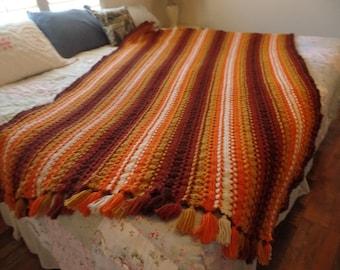 Vintage handmade crocheted Afghan Blanket hairpin Lace