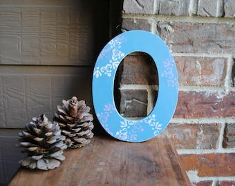 """9"""" Distressed Rustic Wooden Letter O"""