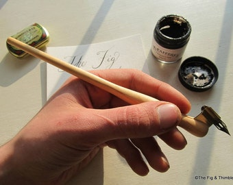 Left-Handed Oblique Dip Pen With Nib - Pine Hand Turned Pen Holder