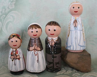 "Fatima Children and Our Lady of Fatima Peg Dolls  - Set of 4 Large 3.5"" size"