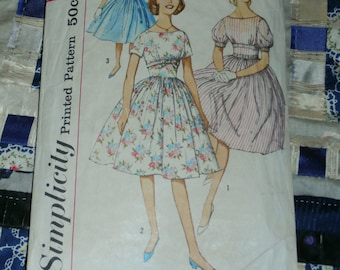 Vintage 1950s Simplicity Subteen One Piece Dress Pattern 3900 Sz 14s, Bust 33