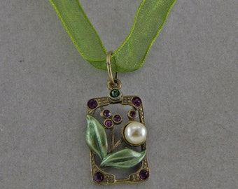 Vintage Pendant on a Ribbon Necklace Flower With Pearl