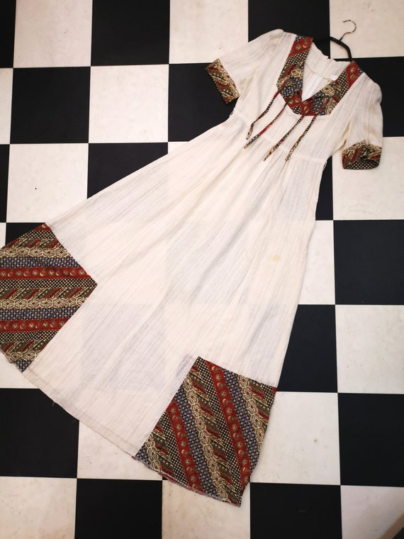 Gorgeous Vintage 1970s Cream & Abstract Print Prarie Boho Maxi Dress