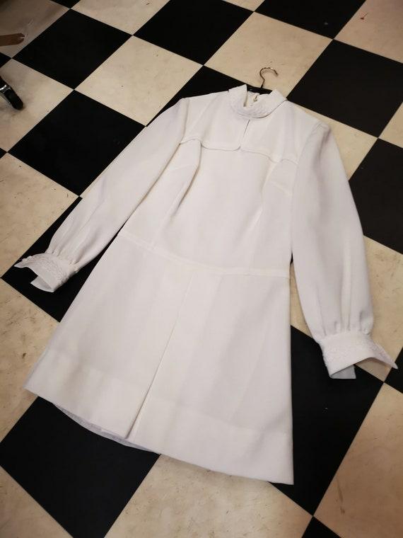 Vintage 1960s White High Neck Bishop Sleeve Mini D