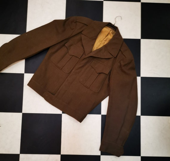 Vintage 1950s 1960s Short Wool Khaki Green Army Jacket