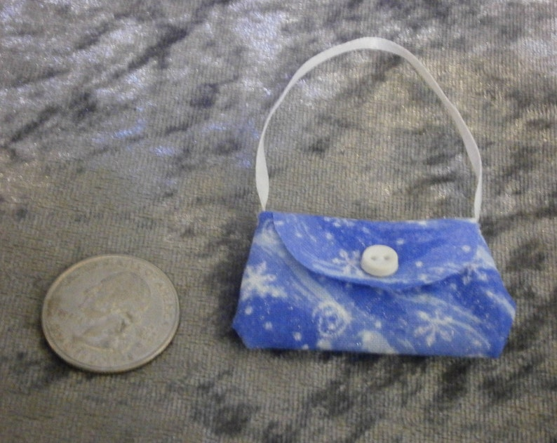 Let it snow purse for 10 to 12 inch fashion dolls