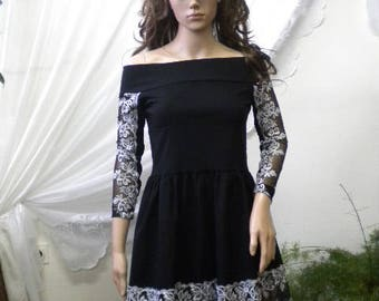 Beautiful ladies tunic in black and white,