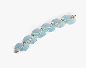 Vintage 50s Thermoset BRACELET / 1950s Pale Blue Moon Glow Moonglow LUCITE Silver Bracelet