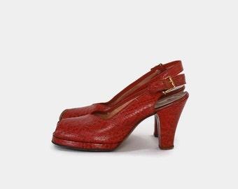 Vintage 40s PLATFORMS / 1940s Dark Red WWII Era Snakeskin Embossed Leather Slingback Peep Toe HEELS