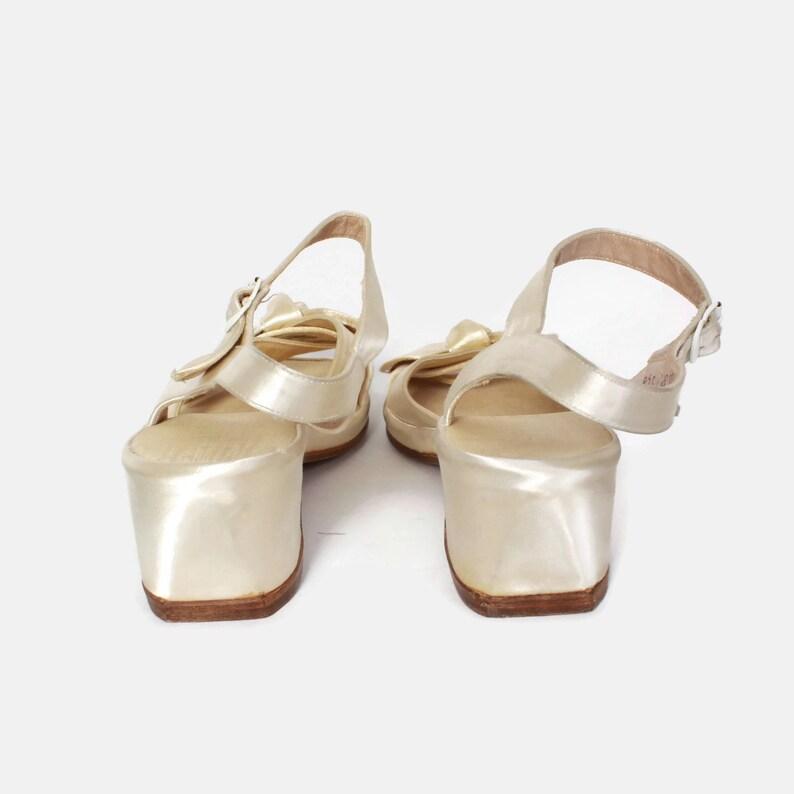157e02367916f Vintage 40s Ivory Satin Heels   1940s Strappy Open Toe Bow