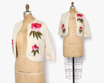 Vintage 60s Floral CARDIGAN / 1960s Cropped Ivory Wool Corsage Cardi Sweater S - M