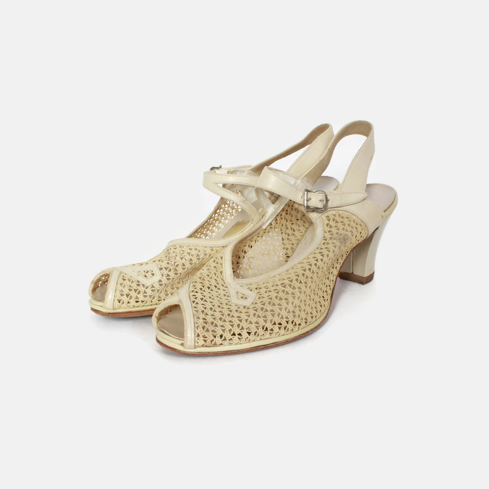 6a88e39a07941 Vintage Ivory Mesh HEELS   1940s Cream Leather   Mesh Peep Toe