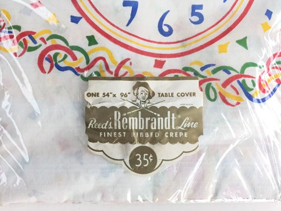 1950s Disposable Tablecloth Vintage Happy New Year Paper Tablecloth Reed/'s Rembrandt Line Table Cover 54 x 96 NOS New Years Eve Party