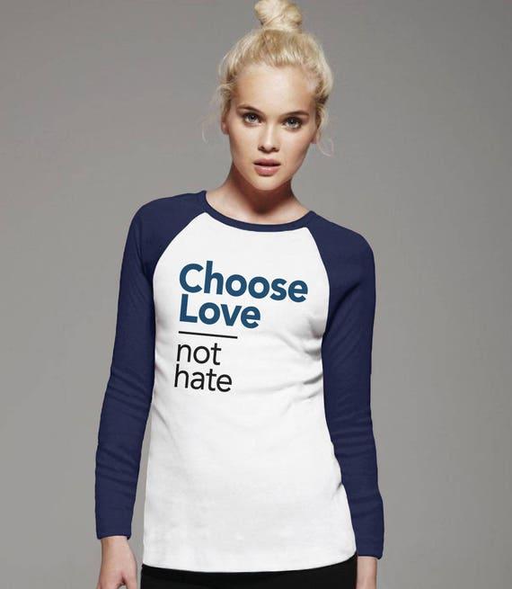 Choisir l'amour pas la haine chemise | Je choisis les t-shirt amour, l'amour est amour chemise, vêtements lgbt, tshirt manches longues, shirt femme manches courtes raglan, anti trump