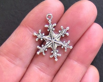 5 Snowflake Charms Antique  Silver Tone Large 2 Sided - SC469