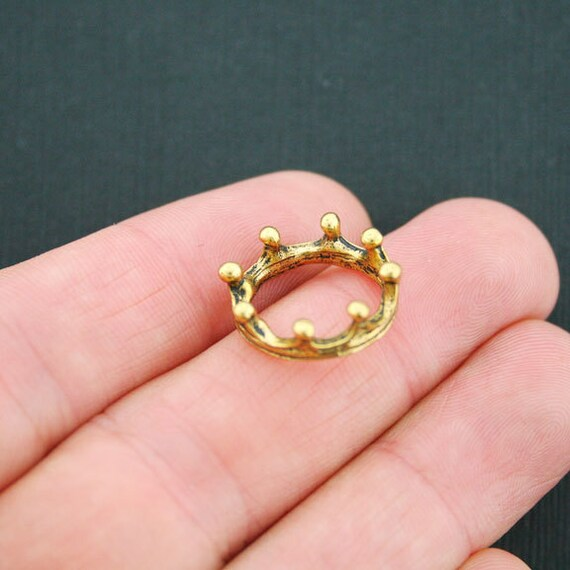 GC084 16 Bee Charms Antique Gold Tone Two Sided