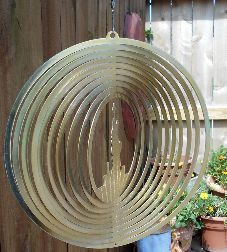 Outdoor Wind Spinner New York Wind Spinner NYC Goldtone Wind Spinner Wind Spinner Statue of Liberty Yard Art Statue of Liberty