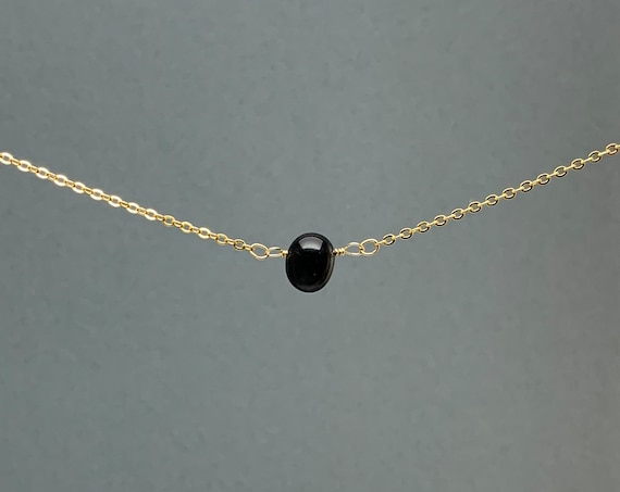 Polished Raw Black Onyx Gemstone Necklace, Natural Stone Gift, Crystal Necklace, Natural Stone Pendant, Bridesmaids Gift